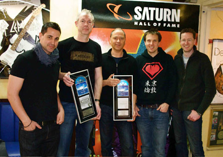 Foto von links nach rechts: Jaspa Jones (Soundcolours), Gerd Pannen (Saturn Köln Hansaring), Georg Schmitz (Soulfood Vertrieb), Piet Blank (Soundcolours), Andy Kaufhold (Soundcolours).
